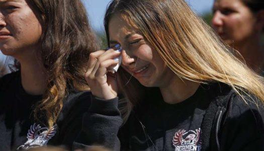 EUA: Pais brasileiros da escola atacada já pensam em voltar ao país