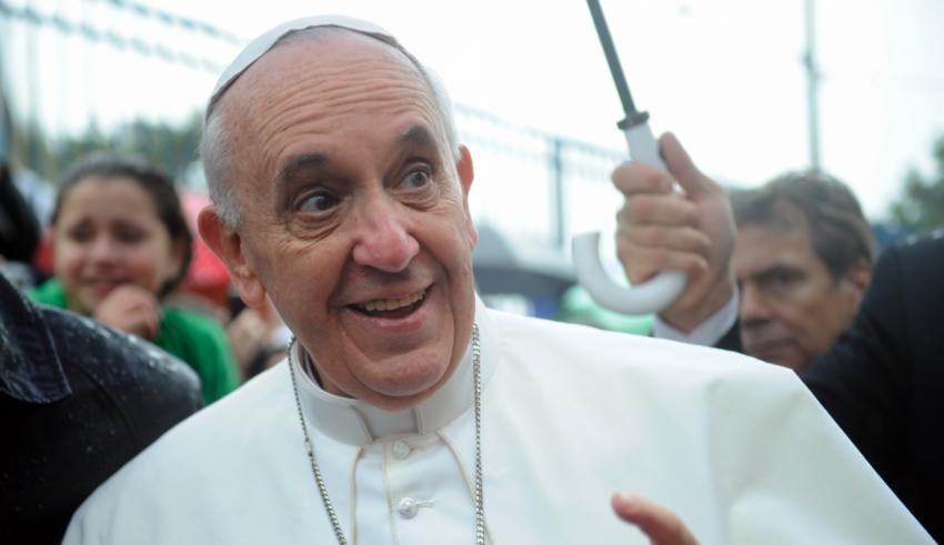 """Papa adverte sobre obsessão de jovens em receber """"curtidas"""" na internet"""